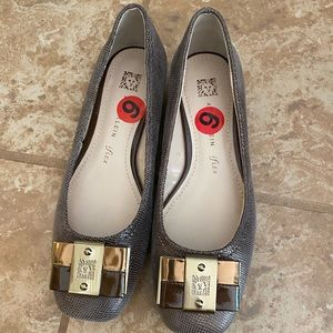 New Anne Klein shoes size 6